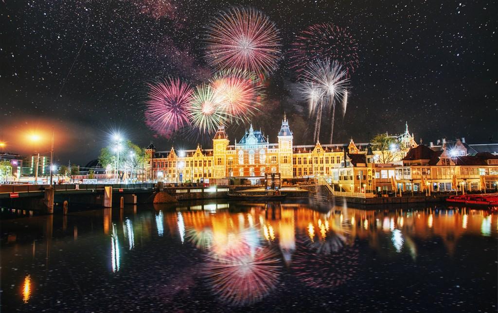 Silvestrovské oslavy v Amsterdamu s ubytováním -