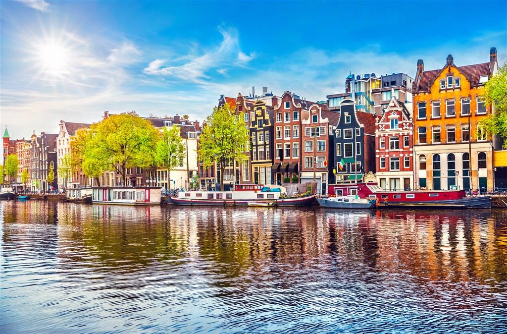 Do Holandska za dřeváky a sýrem -