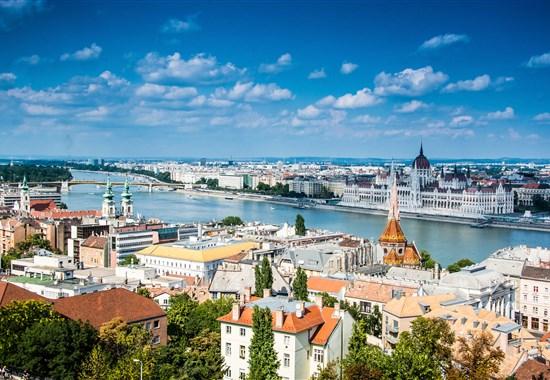 Pohodový víkend v Maďarsku - víno a lázně -