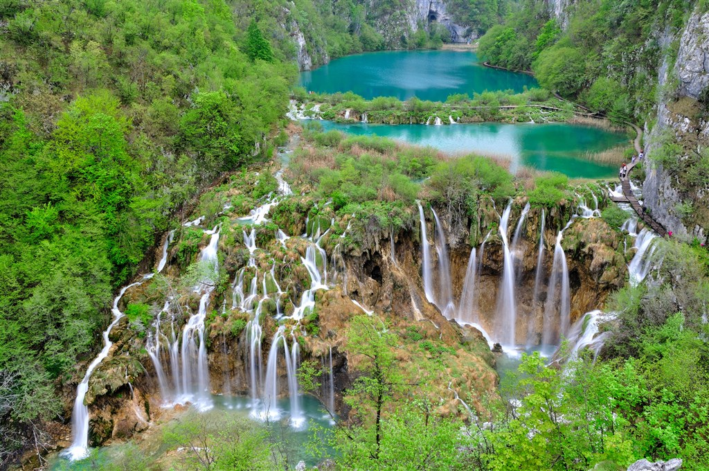 Plitvická jezera s návštěvou termálních lázní -