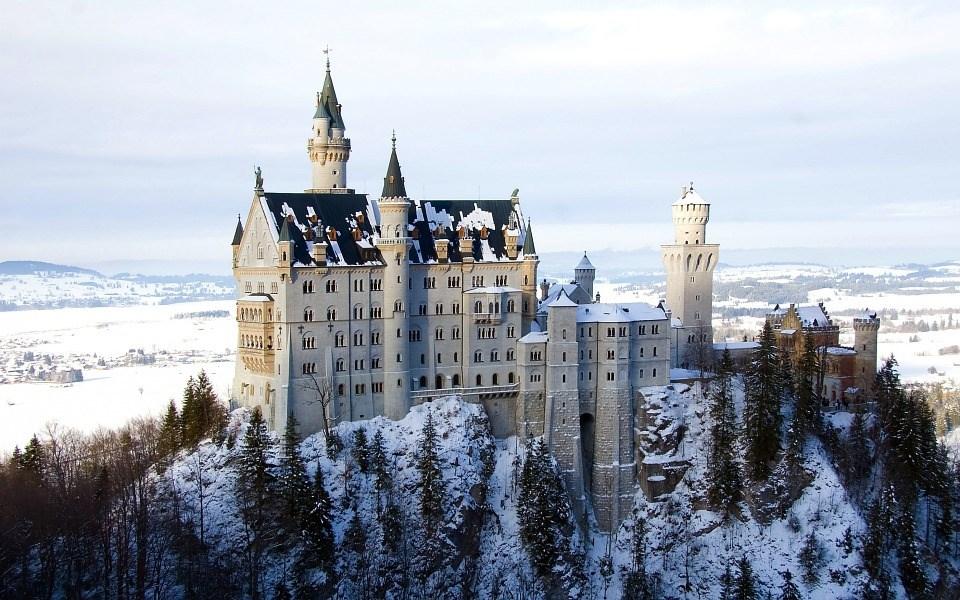 Pohádkový zámek Neuschwanstein a předvánoční trhy -