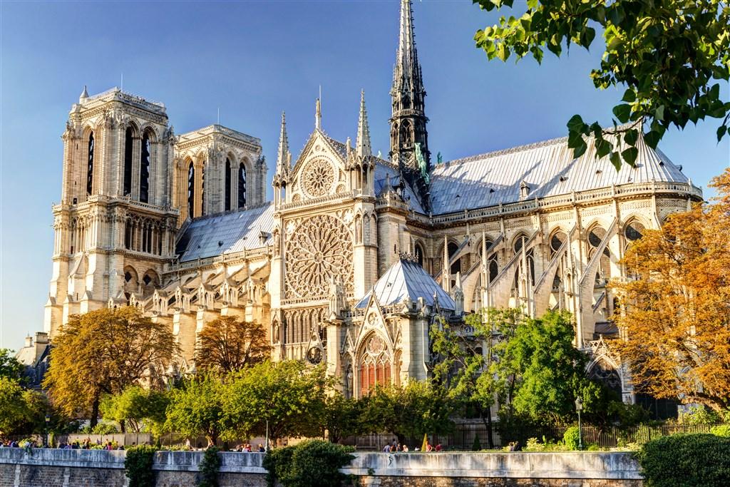 Velikonoční Paříž s návštěvou Versailles -