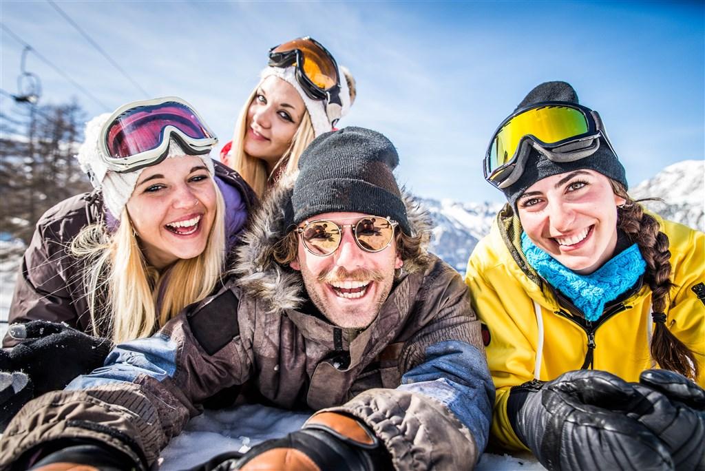 Jednodenní lyžování v Skicircus Saalbach -